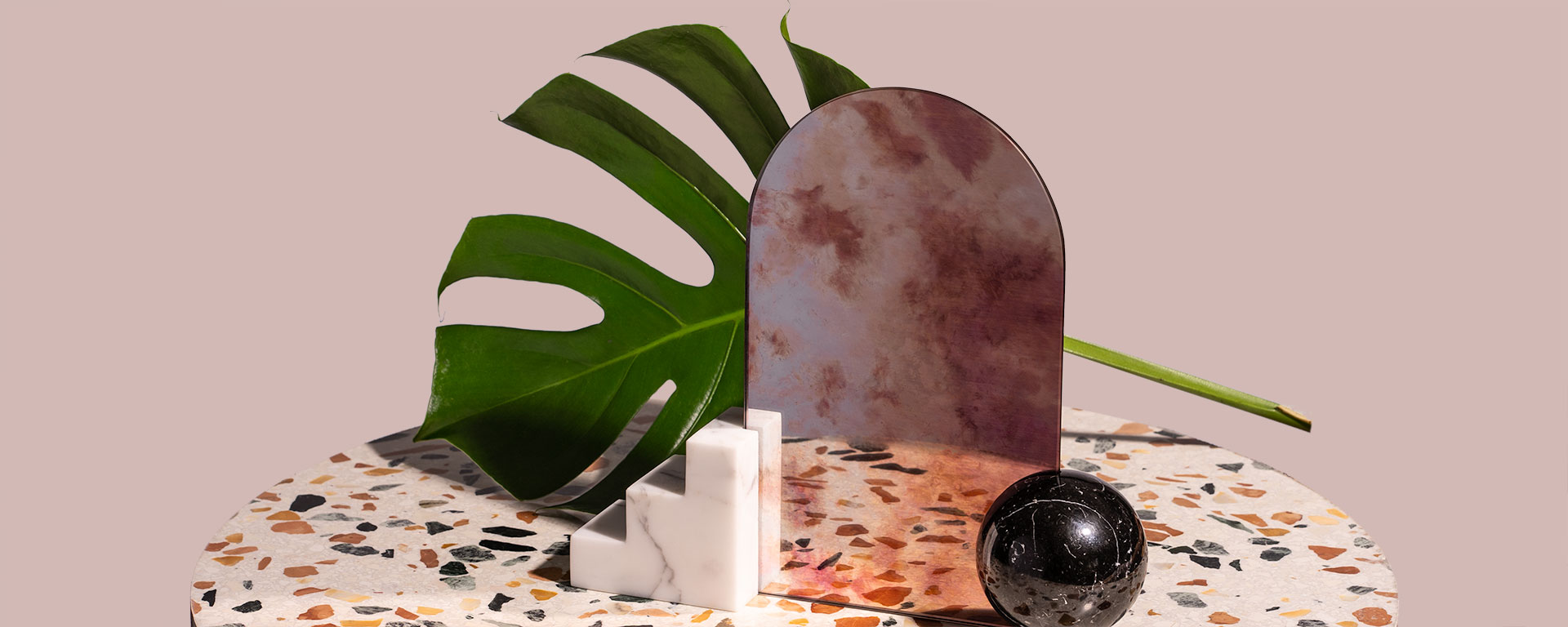 staircase-marble-mirror-charlotte-taylor-1920x768